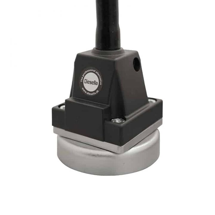 Magnetfot til maskinbelysning